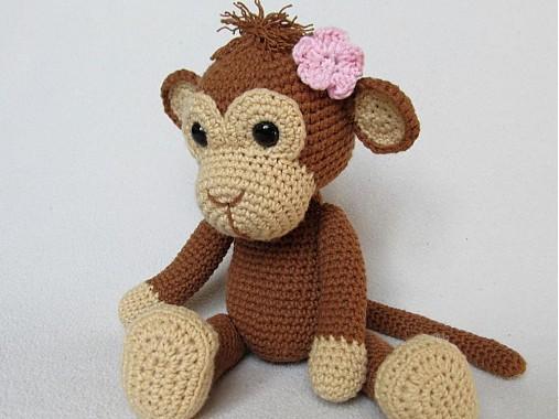 Háčkovaná opička Julie - návod
