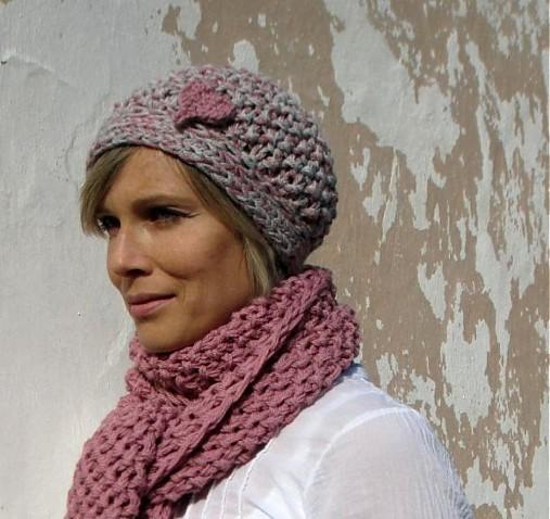 pink or grey? čiapka