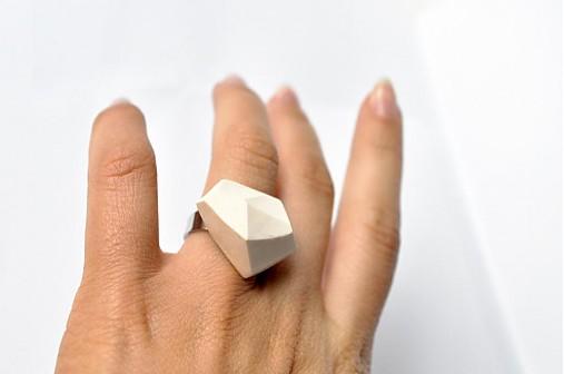Geometrický nastaviteľný prsteň | minimal arch | white