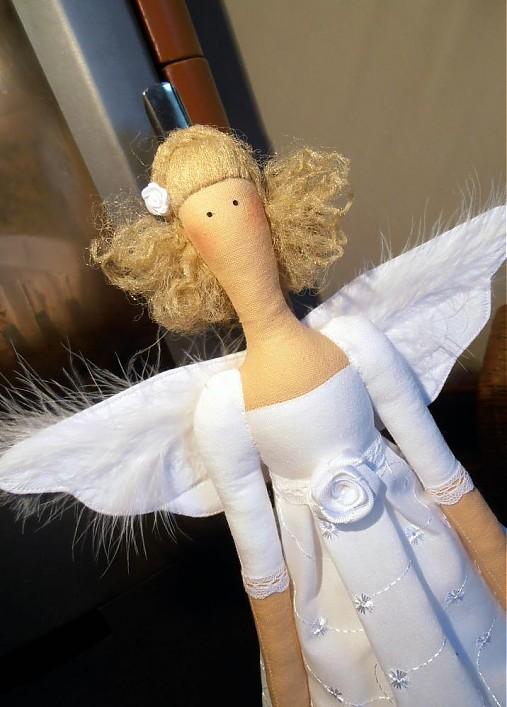 Madeira angel