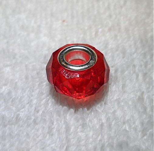 Pandora plast 9x15mm-1ks (červená)