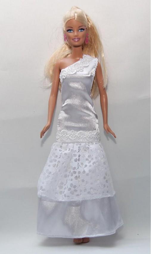 Rozprávkové svadobné šaty pre Barbie   TrishaFate - SAShE.sk ... d70877e97a2