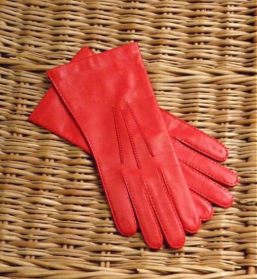 92d09486f14 Červené kožené rukavice s hedvábnou podšívkou - ručně šité   berja ...