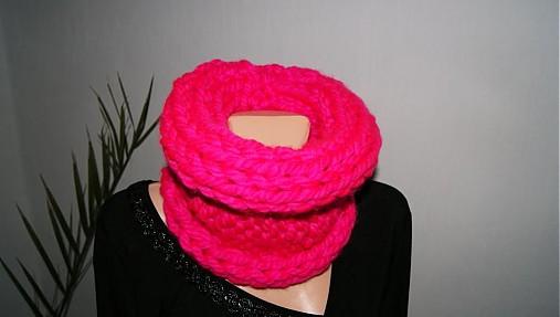 487b2ef9200 Nákrčník-růžový-neon   Romaana - SAShE.sk - Handmade Šály