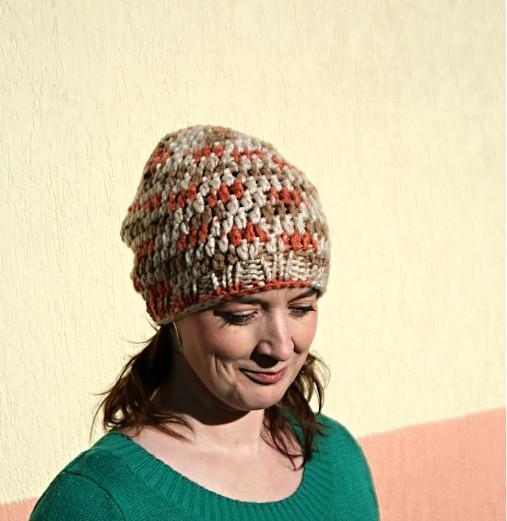 a67df0d7d97 Háčkovaná melírovaná čepice hnědých barev   pletena-tvorba - SAShE ...