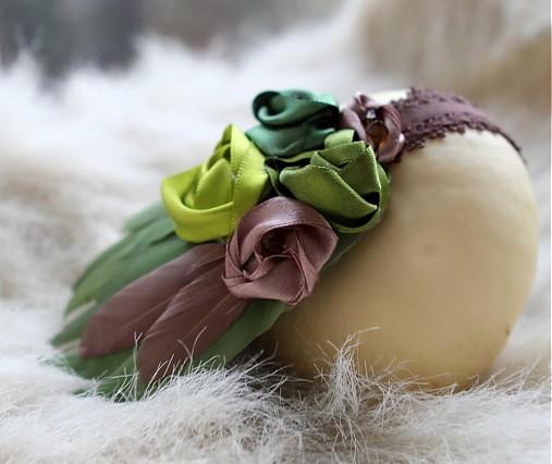 Zelená s perím