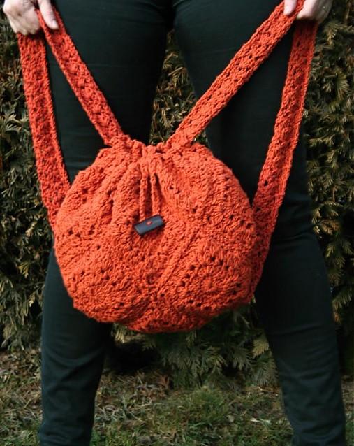 e1bf9e65a85 Háčkovaný batoh-liška ryška   pletena-tvorba - SAShE.sk - Handmade ...