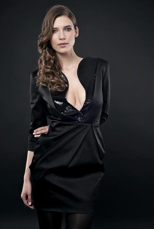 e61aa99f6ef7 Luptakova  VÝPREDAJ Čierne šaty kolekcia GLAM   JanaLuptakova ...