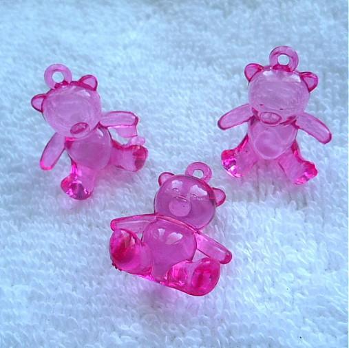 Plast.medvedík 20x25mm-1ks