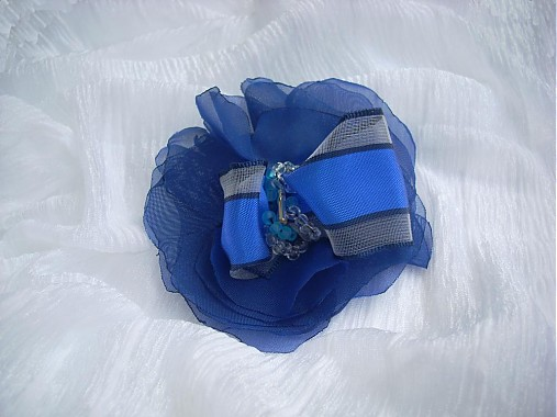 e78678539 V modrom /do-predaj/ / MaZulu - SAShE.sk - Handmade Odznaky/Brošne