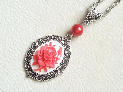98488f404 Cameo červená ruža / Alejandra - SAShE.sk - Handmade Náhrdelníky