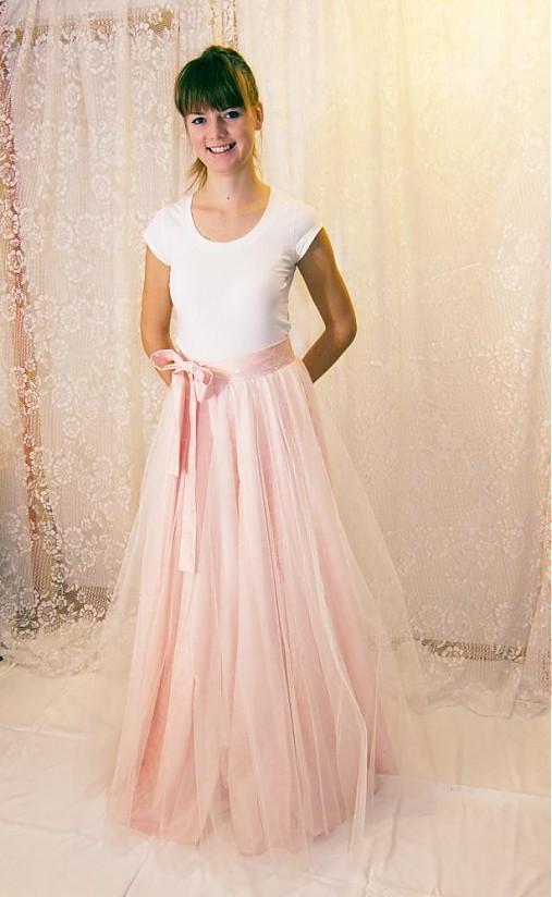 Tylová suknica