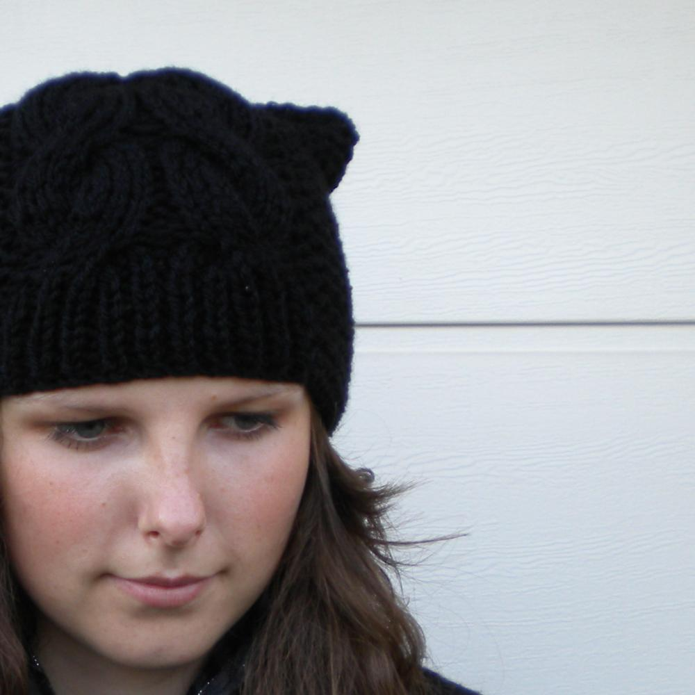 Kočičí v černé barvě   u-bambule - SAShE.sk - Handmade Čiapky ad9fd11804