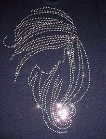 Galantéria - Nažehľovacia Žena s rozpustenými vlasmi - 110319