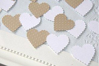 Polotovary - bielo-béžové srdiečka - 50 ks - 1195585
