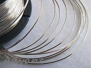 Suroviny - Drôt postriebrený 0,6mm 1m S - 1230460