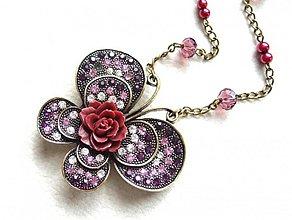 Náhrdelníky - motýľ s kvetom - 1313833