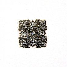 Komponenty - 1267-0860 Kovový filigrán - štvorec 23 mm - starozlato, 2 ks - 1395439