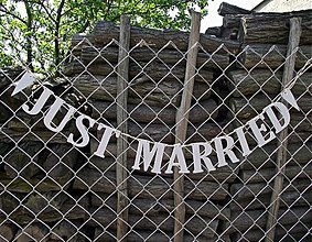 Tabuľky - JUST MARRIED girlanda - 1403799