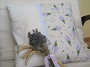 Úžitkový textil - Proužky mají rády Levandulku - polštář - 1441428
