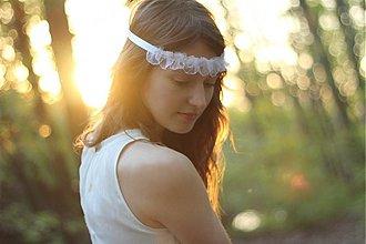 Ozdoby do vlasov - Svadobná čelenka s kvetmi biela - Halo - 1443100