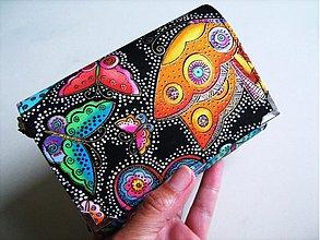 Peňaženky - Na křídlech motýlů -menší prostorná,na karty a 2 měny - 1557000