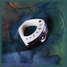 Prstene - ....PRSTEN.... ořech TAGUA ..... 2. - 1596863