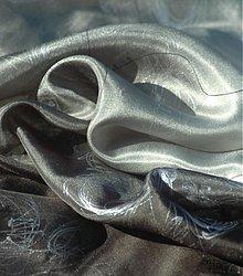 Šatky - Stříbrný hedvábný šátek s květinovou kresbou - 1611984