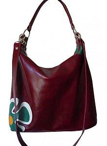 Kabelky - Vínová kožená kabelka Maťka s krásnym kvetom - 1653308