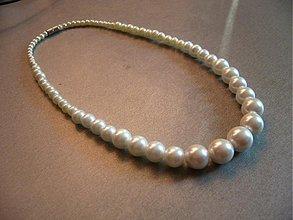 Náhrdelníky - Perlový náhrdelník (biely) - 1670965