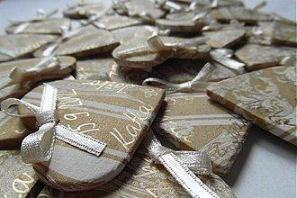 Darčeky pre svadobčanov - zlaté magnetky so zlatým písmom a mašličkou - 1682994