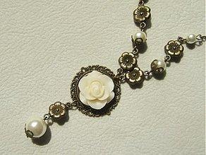 Náhrdelníky - kvet zo slonoviny - 1697394