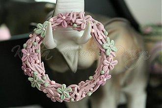 Dekorácie - kvetinový venček 1 - 1722920