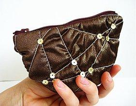 Peňaženky - Tak akurat do ruky - 180102