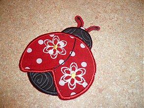 Materiál ručne robený - ladybug kvet ( nažehlovačka) - 1815014