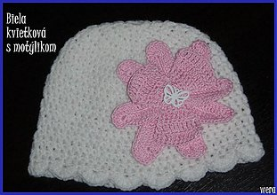 Detské čiapky - Biela čiapočka s veľkým rúžovým kvetom - 1826054