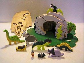 Hračky - Jaskyňa s dinosaurami - drevená skladačka - 1826107