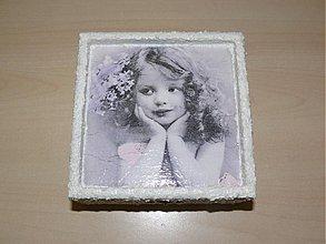 Krabičky - Krásna retro šperkovnica - Vintage - Dievčato II. - 1844540