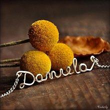 Náhrdelníky - Náhrdelník s menom z postriebreného drôtu: 6-8 písmen (Daniela) - 1982006