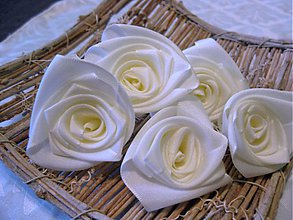 Kytice pre nevestu - ružičky - 2003379