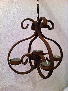 Svietidlá a sviečky - kovový závesný svietnik na kahance - 2058844