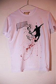Tričká - krvave koleno z futbalu - 2120089