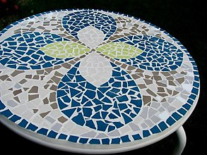 Nábytok - Mozaikový stôl Kvetomotýľ - predaný - 2123462