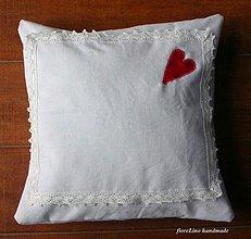 Úžitkový textil - vintage obliečka na vanúš so srdiečkom - 2133665