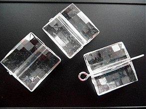Korálky - Plast 16x16mm transp-1ks - 2150616