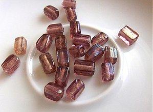 Korálky - Vinutky - kvádriky, fialové s odleskom, 8 x 4 mm / 2 ks - 2190886