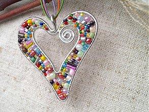 Náhrdelníky - farebné srdiečko - 2229092