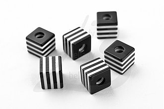 Korálky - AKO2325, Akryl KORÁLKY Black & White /10ks - 2270042