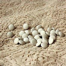 Galantéria - Malinké gombíčky na svadobné alebo spoločenské šaty 9 mm - 2337482