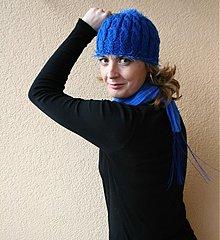 Kurzy - Návod na pletenou čepici s copy a třásněmi ** - 2341430